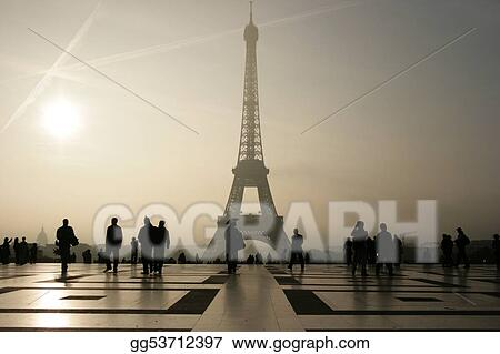 Silhouette of he Eiffel Tower in Paris