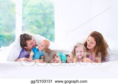 3bfb5ba7bba340 Picture - Happy big family in the bedroom. Stock Photos gg72103131 ...
